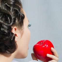 Косметика для лечения волос: из чего она состоит