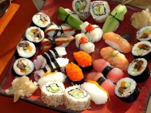 Готовим необычные суши дома